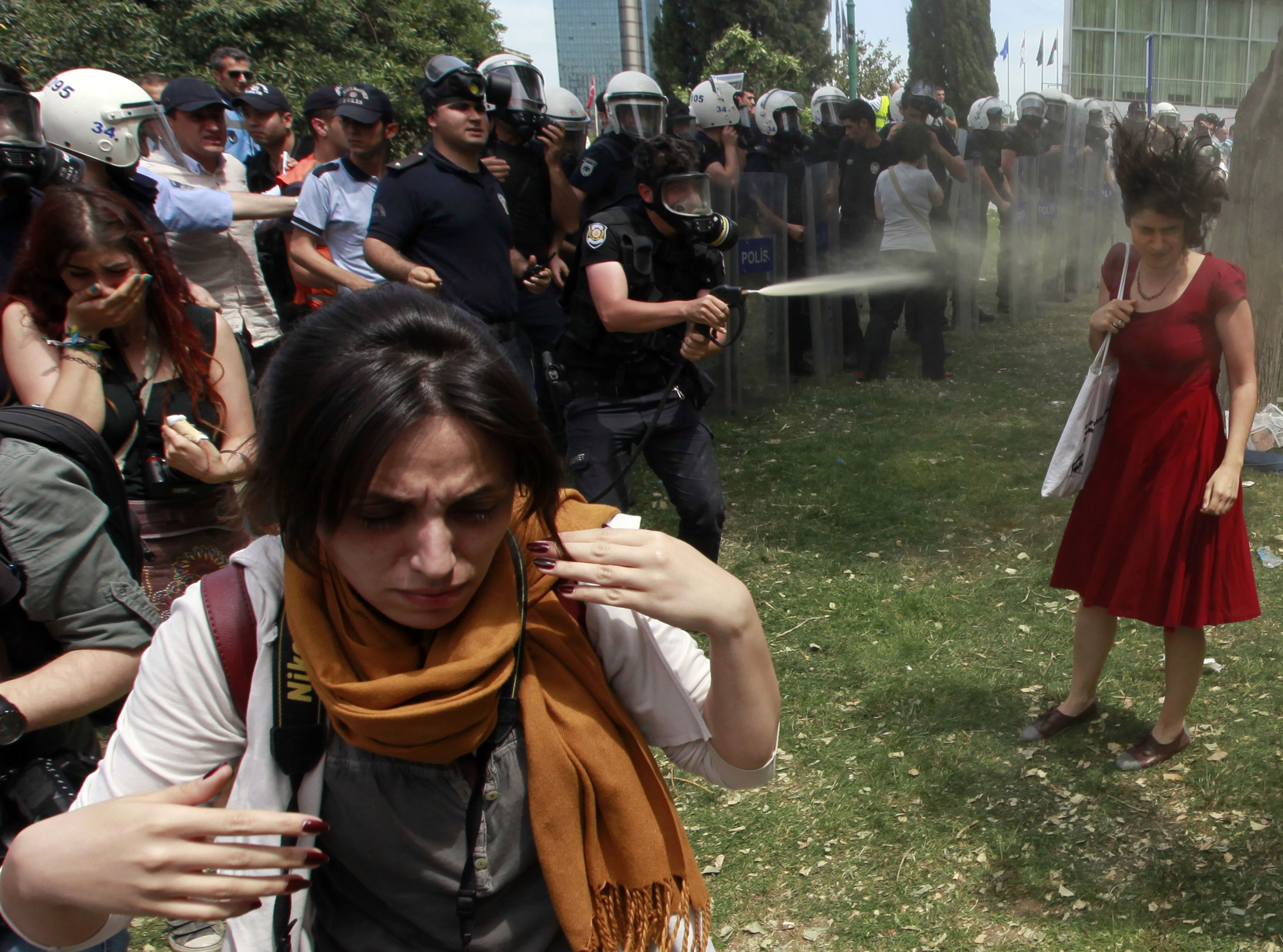 Lady in red - Gezi Protest